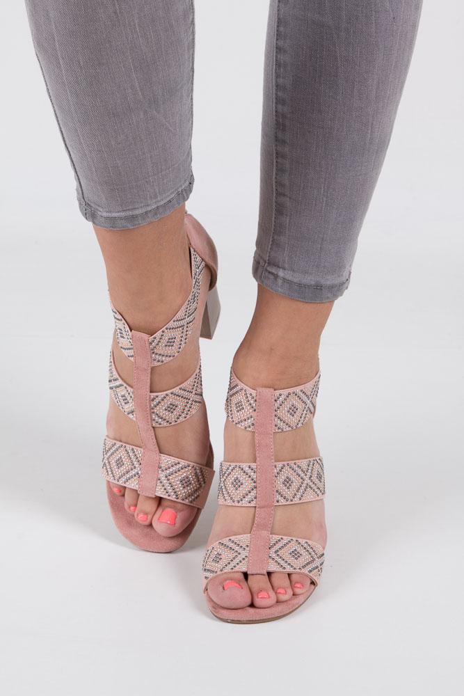Różowe sandały na obcasie z ozdobnymi nitami Jezzi SA123-3 wys_calkowita_buta 16.5 cm