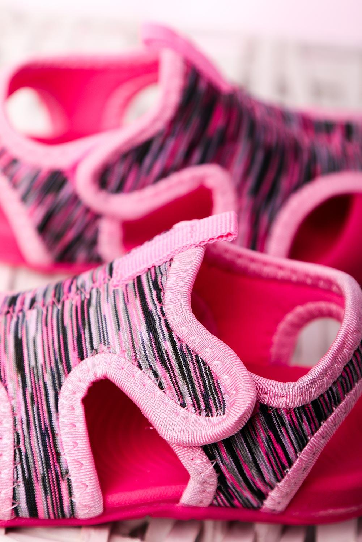 Różowe sandały na rzep Casu LA109
