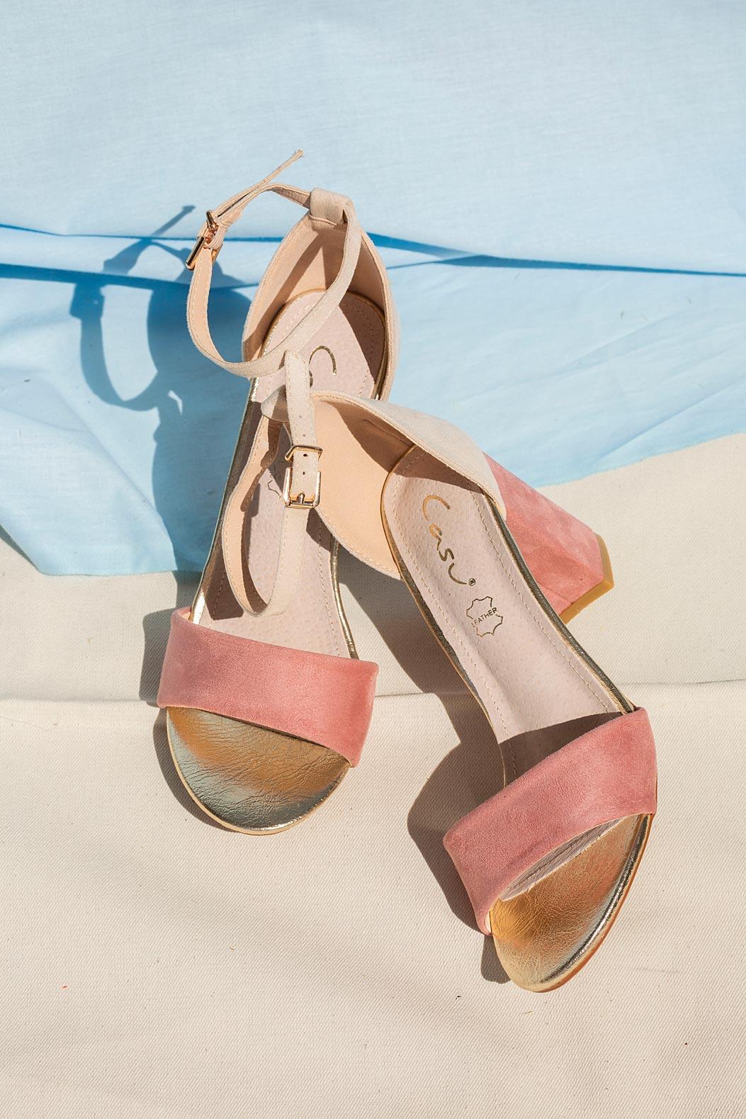 Różowe sandały na słupku z zakrytą piętą paskiem wokół kostki ze skórzaną wkładką Casu ER20X2/P sezon Lato