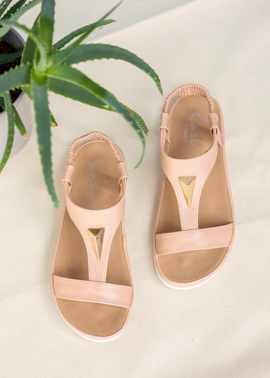 Różowe sandały płaskie z gumką i metalową ozdobą Casu N19X6/P