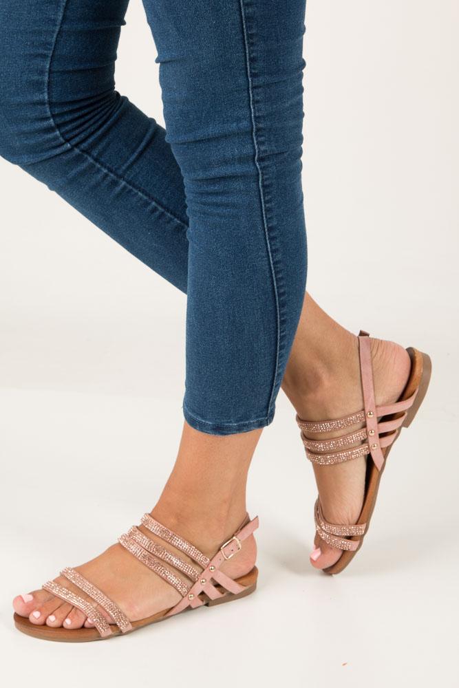 Różowe sandały płaskie z mieniącymi się kryształkami Casu K18X8/P
