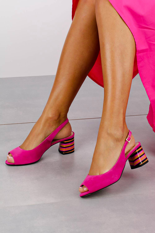 Różowe sandały skórzane na ozdobnym szerokim obcasie Casu DS-346/A