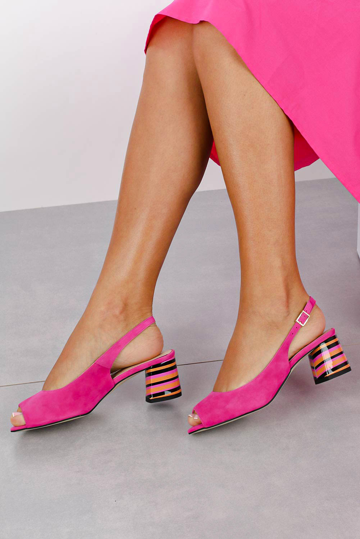 Różowe sandały skórzane na ozdobnym szerokim obcasie Casu DS-346/A model DS-346/A