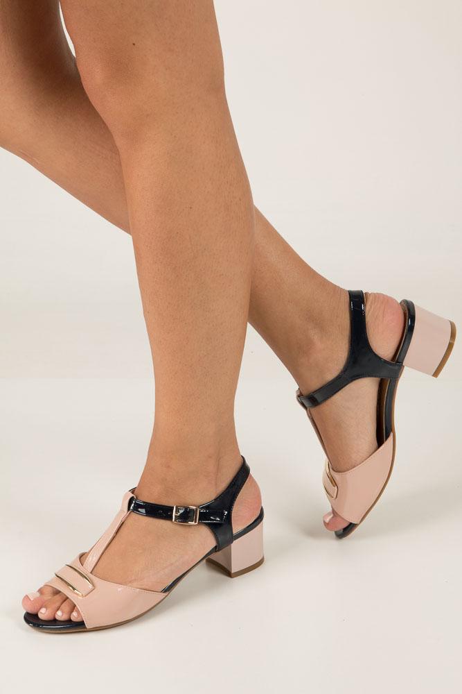 Różowe sandały z ozdobą na niskim obcasie Jezzi SA119-5 jasny różowy