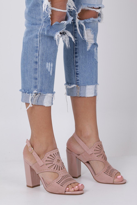 Różowe sandały zabudowane z nitami ażurowe na słupku Sergio Leone SK852 producent Sergio Leone