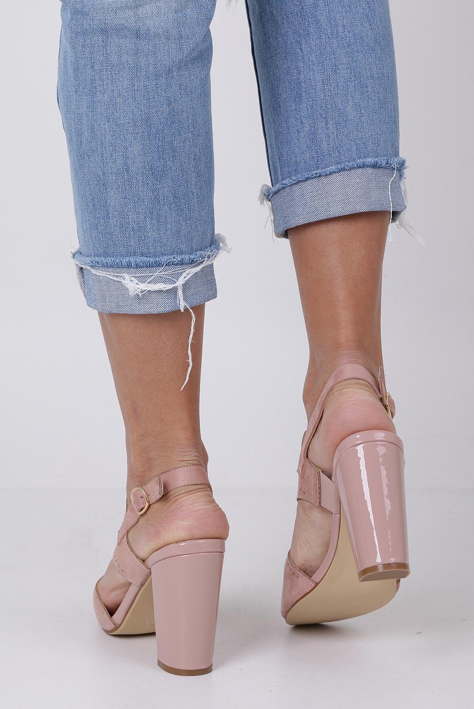 Różowe sandały zabudowane z nitami ażurowe na słupku Sergio Leone SK852 kolor różowy