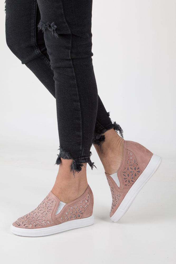 Różowe sneakersy ażurowe slip on na koturnie Jezzi SA68-5 różowy