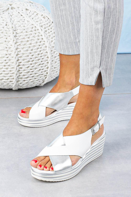 Sandały Sergio Leone na koturnie z paskami na krzyż białe SK328 biały