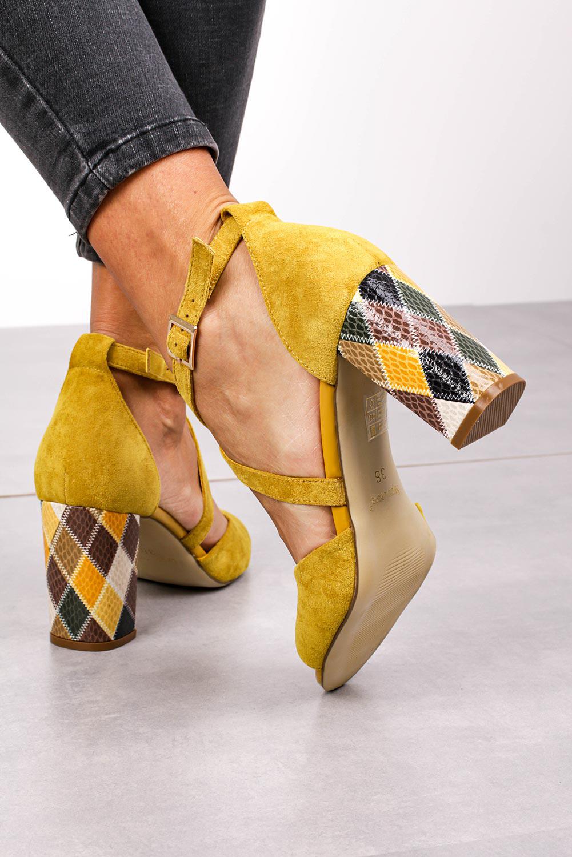 Sandały Sergio Leone na słupku z zakrytą piętą paski na krzyż żółte SK865 model SK865