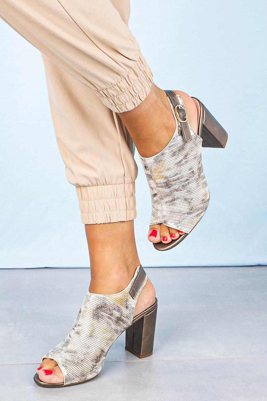 Sandały Sergio Leone na słupku zabudowane beżowe SK450