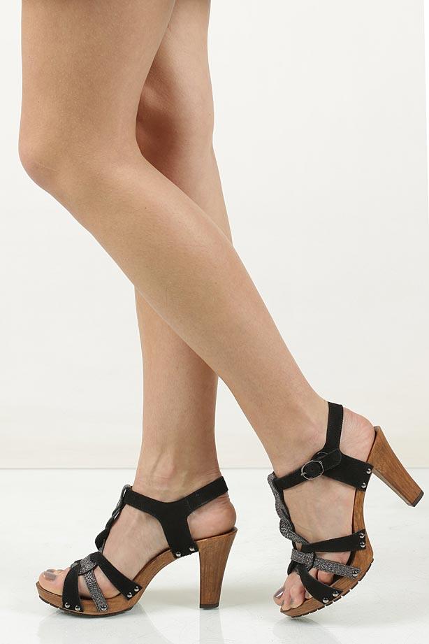Sandały skórzane Tamaris 1-28349-28