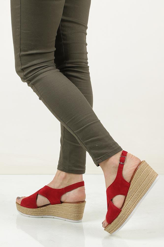 Sandały welurowe na koturnie Marco Tozzi 2-28362-28 wnetrze skóra ekologiczna