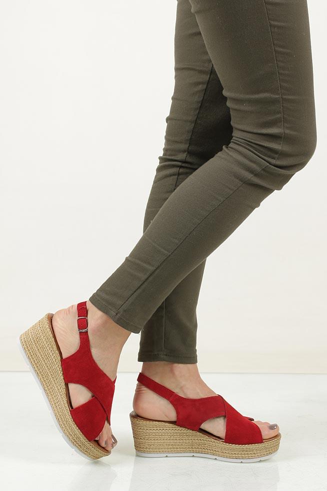 Sandały welurowe na koturnie Marco Tozzi 2-28362-28 wkladka skóra ekologiczna