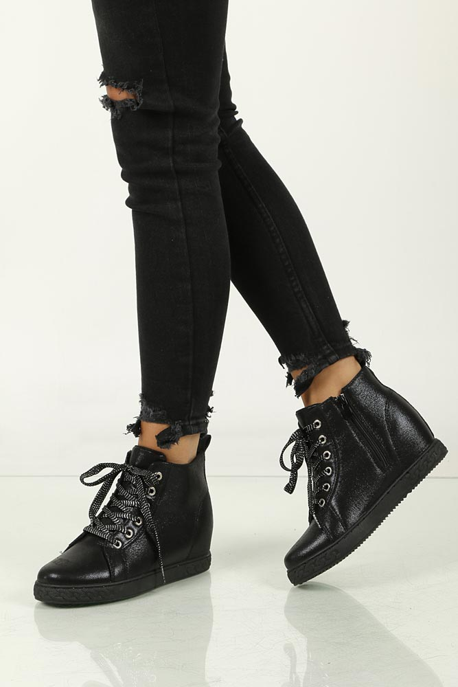 Sneakersy na koturnie Casu A02