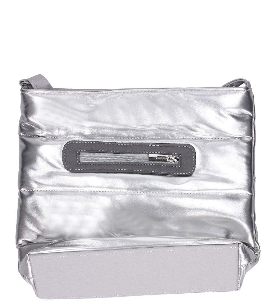 Srebrna torebka listonoszka lakierowana pikowana Casu 912 kolor srebrny