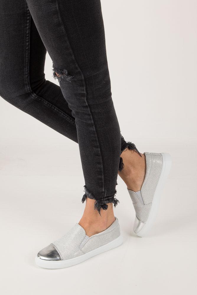 Srebrne buty slip on błyszczące Casu DD472-2