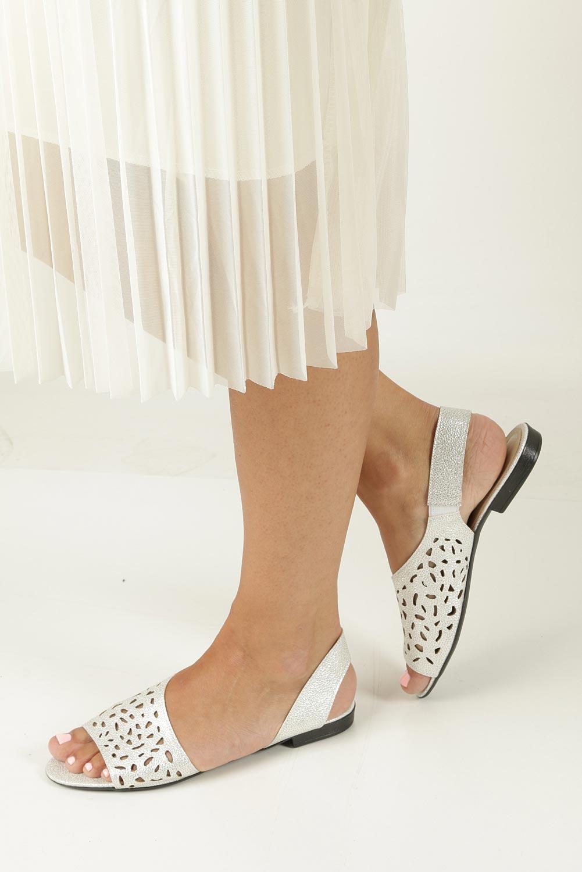 Srebrne sandały ażurowe Casu 1983/L