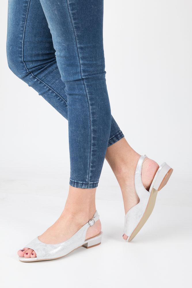 Srebrne sandały błyszczące na niskim obcasie Sergio Leone SK809-03S