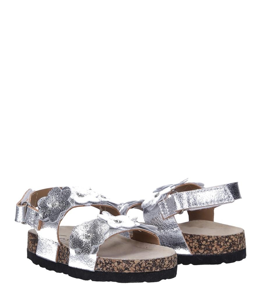 Srebrne sandały błyszczące z kwiatkami ze skórzaną wkładką i profilowaną korkową podeszwą zapinane na rzep Casu B19KDX3/S wysokosc_obcasa 2.5 cm