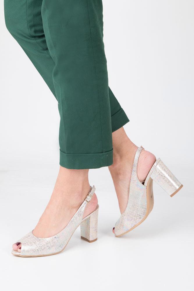 Srebrne sandały skórzane na szerokim słupku multicolor Casu 6030/1155 srebrny