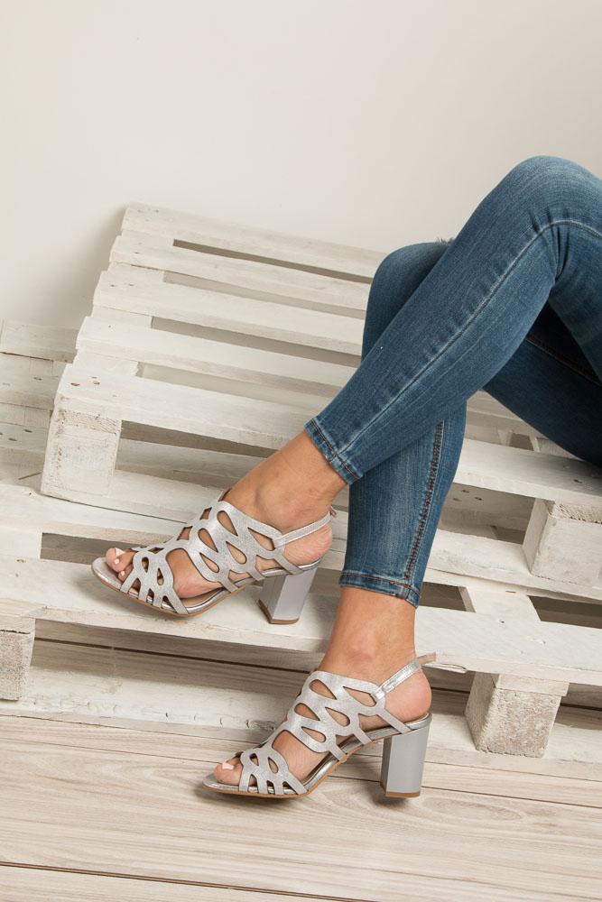 1dee87691211a ... Srebrne sandały skórzane zabudowane ażurowe na obcasie Kordel 1684  wysokosc_platformy 0.5 cm ...