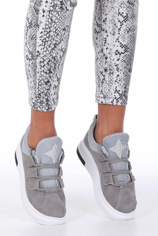 Szare buty sportowe creepersy z ozdobnym wiązaniem Casu 319