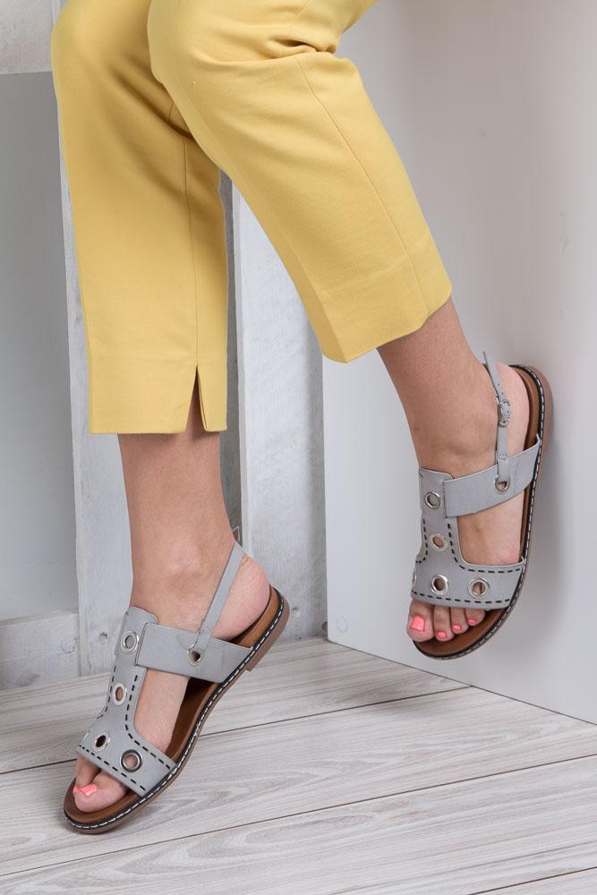 Szare modne sandały z ozdobnymi metalowymi kółkami Casu K18X2/G wnetrze skóra ekologiczna