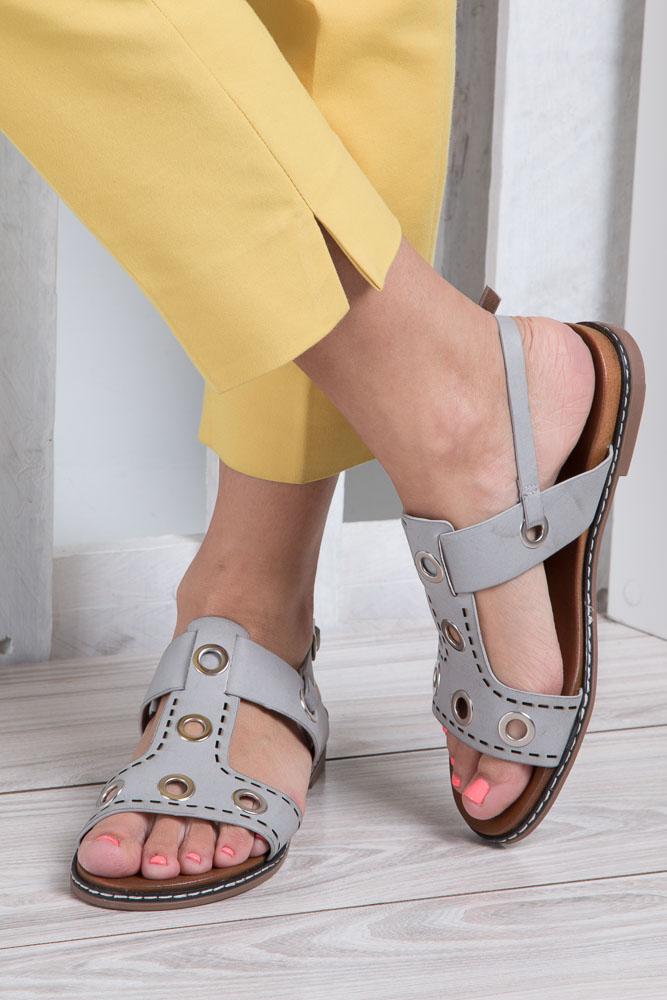 Szare modne sandały z ozdobnymi metalowymi kółkami Casu K18X2/G wkladka skóra ekologiczna