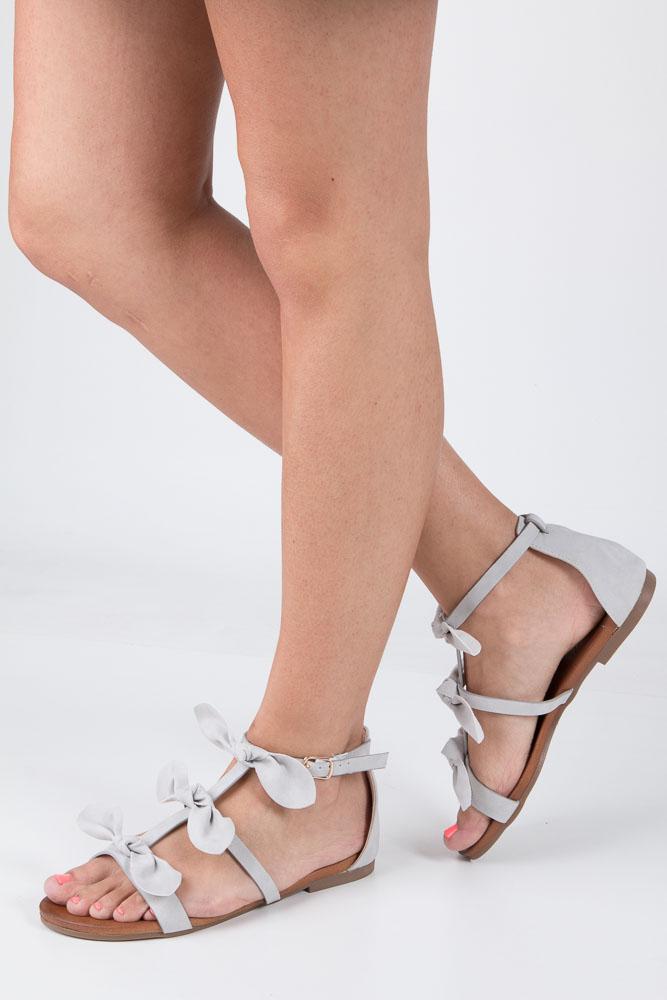Szare płaskie sandały z kokardkami z zakrytą piętą Casu K18X14/G