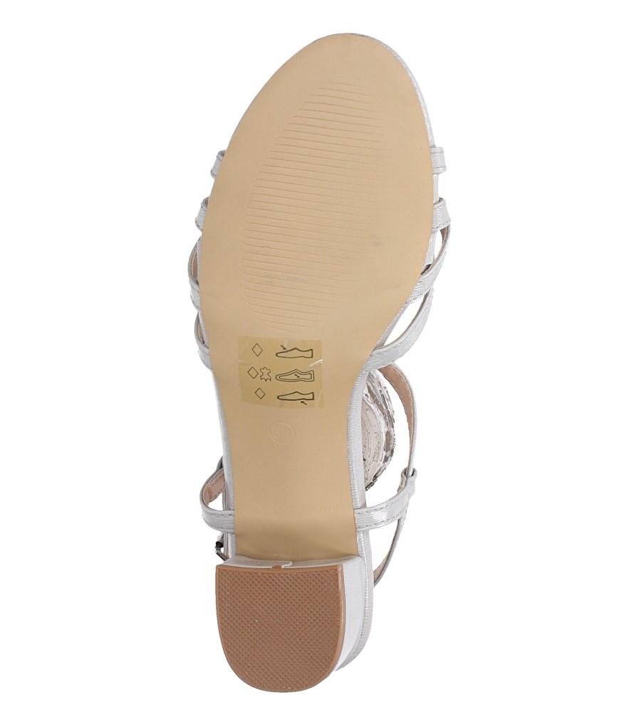 Szare sandały lakierowane na niskim obcasie ze skórzaną wkładką Casu RT19X2/G wnetrze skóra ekologiczna