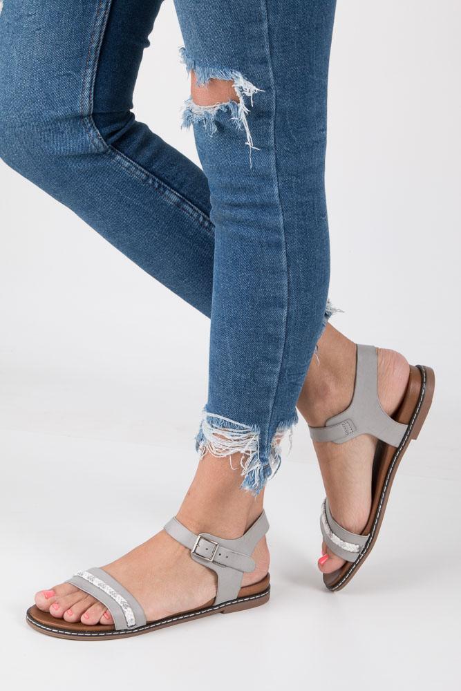 Szare sandały letnie z ozdobnym plecionym paskiem Casu K18X10/G
