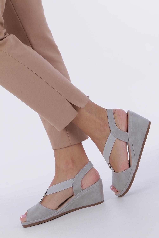 Szare sandały na koturnie z gumką metalowa ozdoba Casu W19X15/G kolor szary