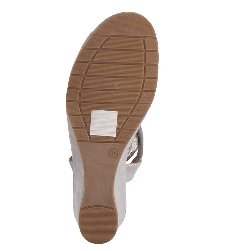 Szare sandały na koturnie z gumką metalowa ozdoba Casu W19X15/G wnetrze skóra ekologiczna