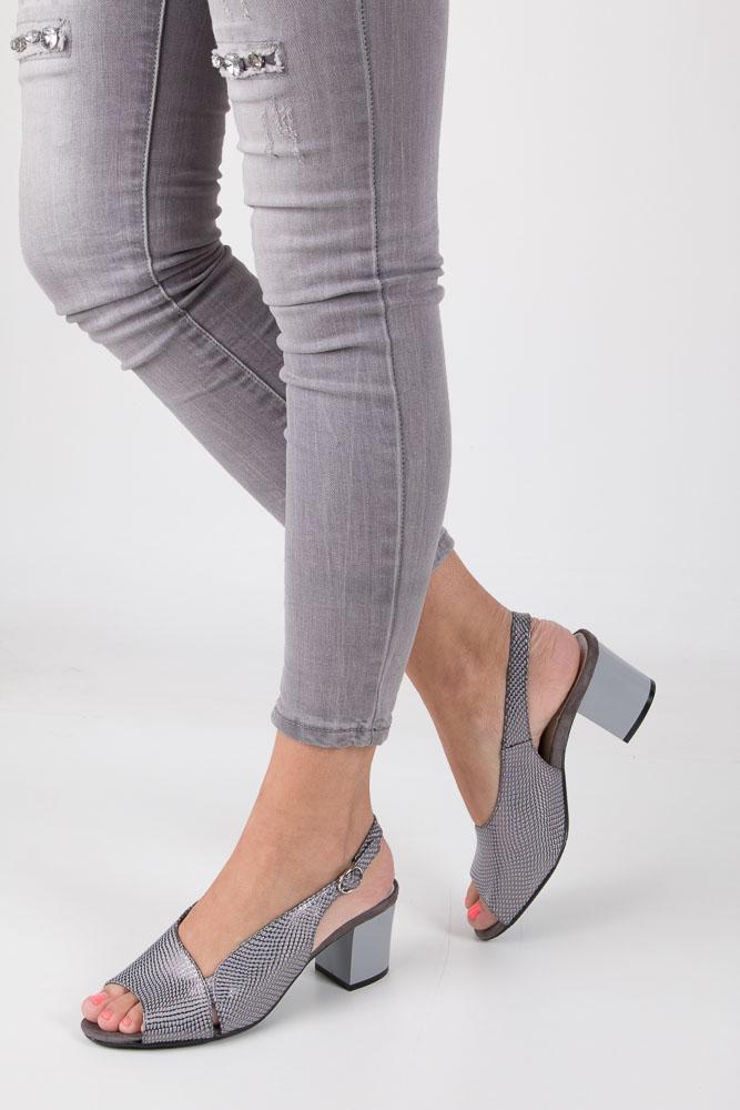 Szare sandały na obcasie Jezzi SA122-2 szary