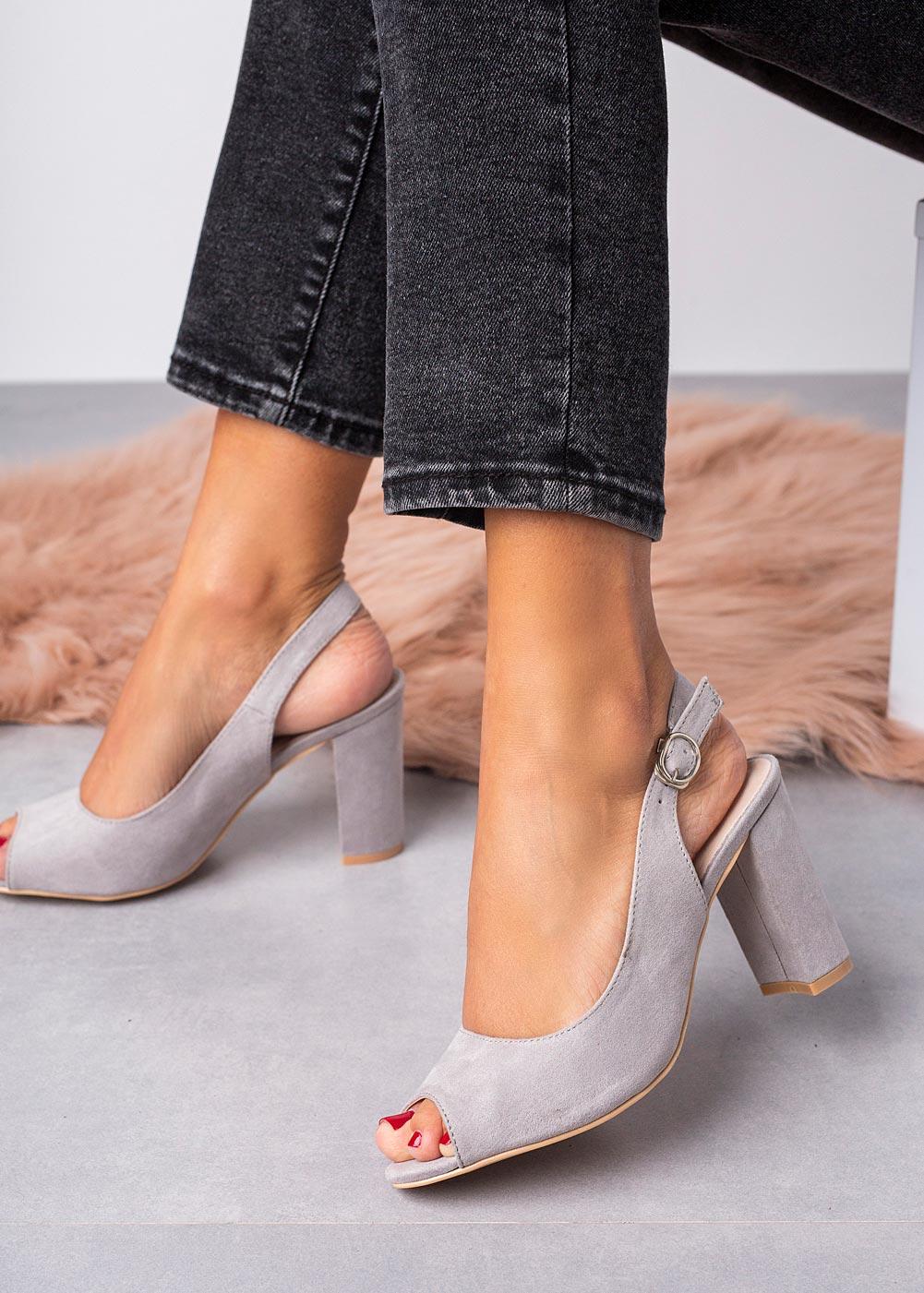 Szare sandały na słupku ze skórzaną wkładką Casu N20X4/G producent Casu