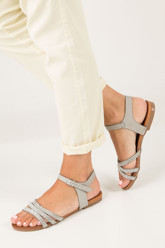 Szare sandały płaskie zdobione kryształkami Casu K18X5/G