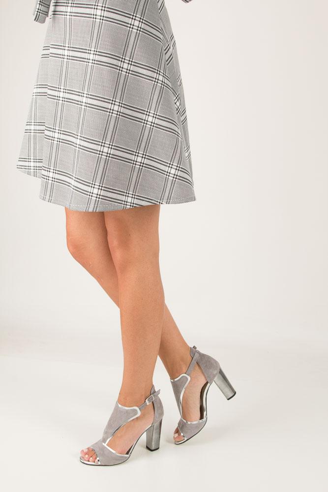 Szare sandały skórzane zabudowane na słupku Karino 2563/021-P szary