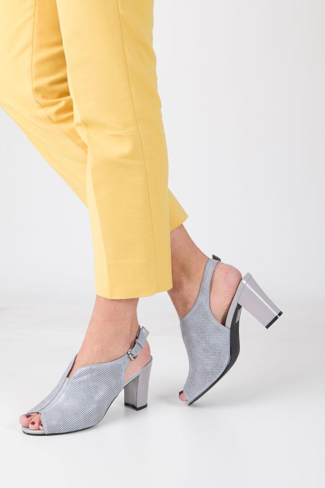 Szare sandały zabudowane na słupku błyszczące Sergio Leone SK812-02P
