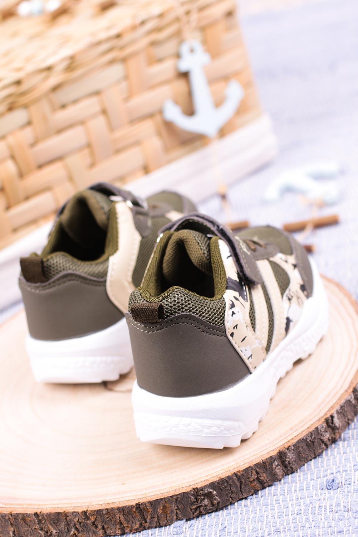 Zielone buty sportowe na rzep Casu 20P17/M