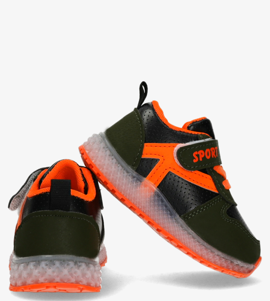 Zielone buty sportowe na rzep Casu 20X4/M