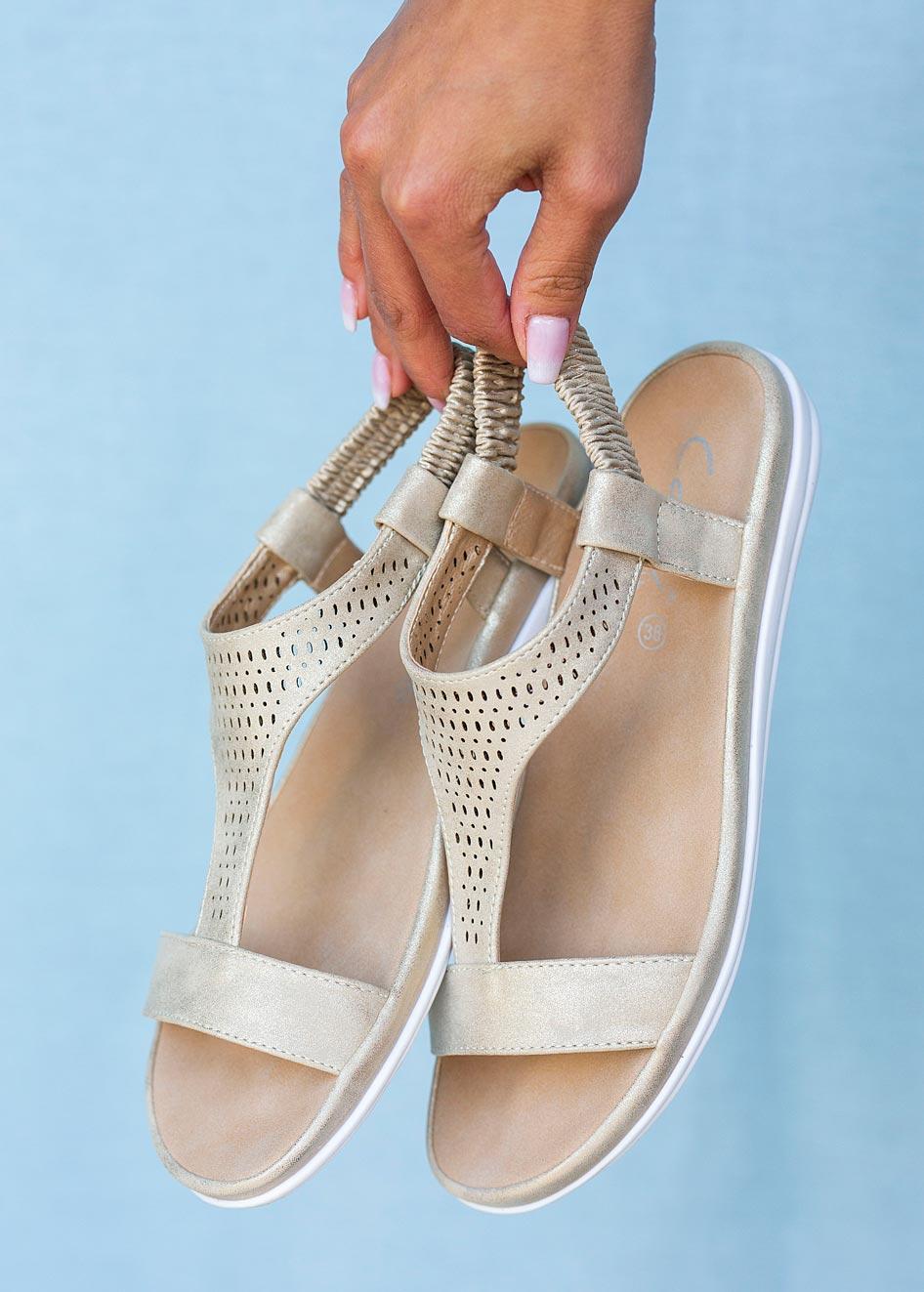 Złote sandały ażurowe płaskie z gumką Casu N20X1/G złoty