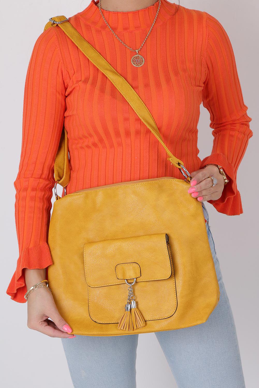 Żółta torebka listonoszka z kieszonką z przodu i frędzlami Casu AD-54 producent Casu