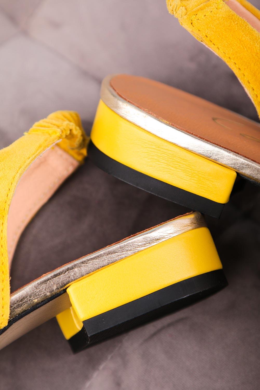 Żółte baleriny Casu na niskim obcasie z odkrytą piętą polska skóra 4016 żółty