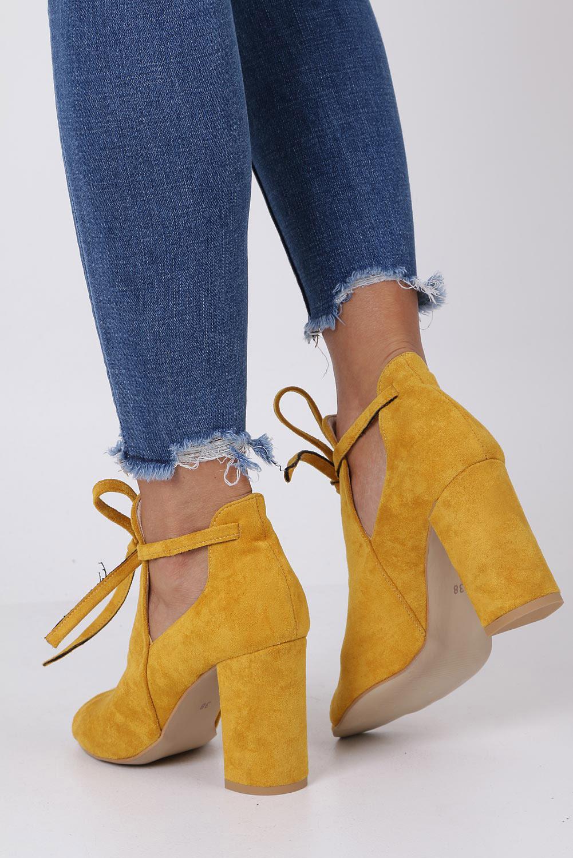 Żółte botki wiosenne peep toe na słupku z ozdobnym wiązaniem Casu 270 kolor żółty