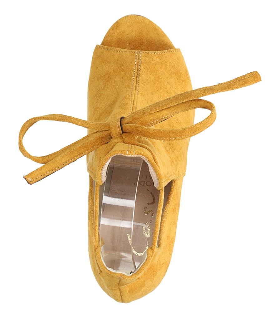 Żółte botki wiosenne peep toe na słupku z ozdobnym wiązaniem Casu 270 wys_calkowita_buta 18 cm