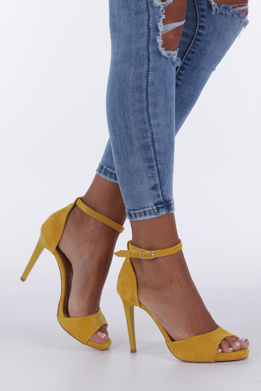 Żółte sandały szpilki z zakrytą piętą i paskiem wokół kostki Casu 1590/1 sezon Lato