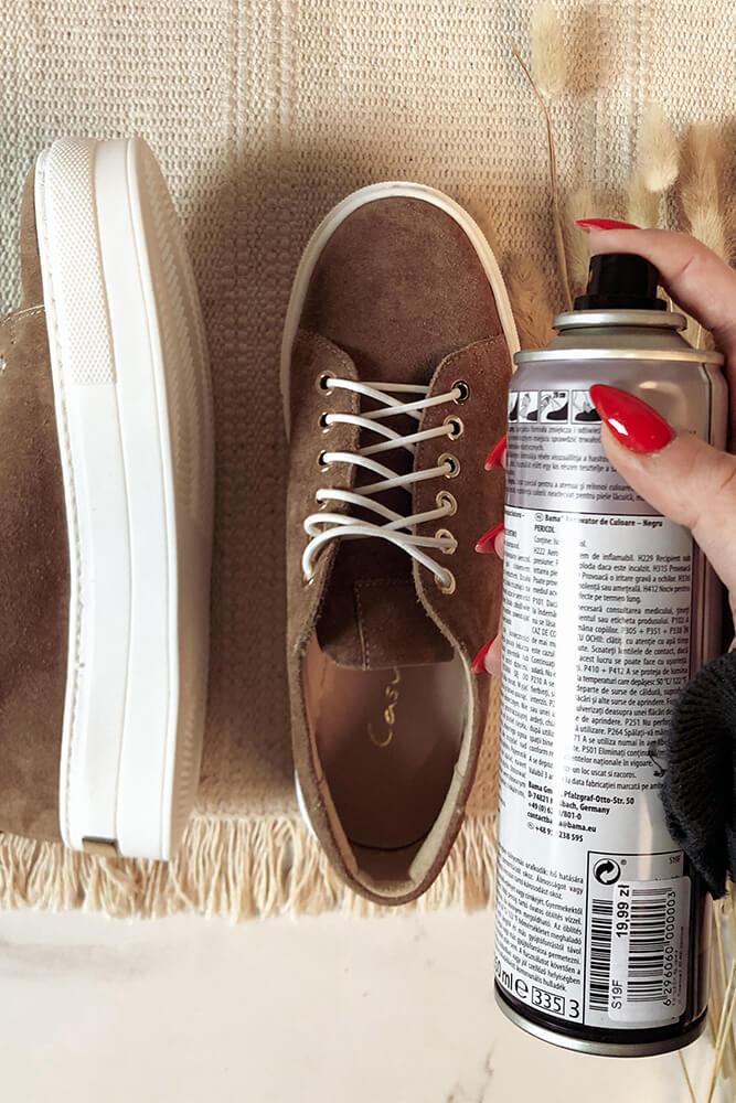 Kosmetyki do obuwia zamszowego