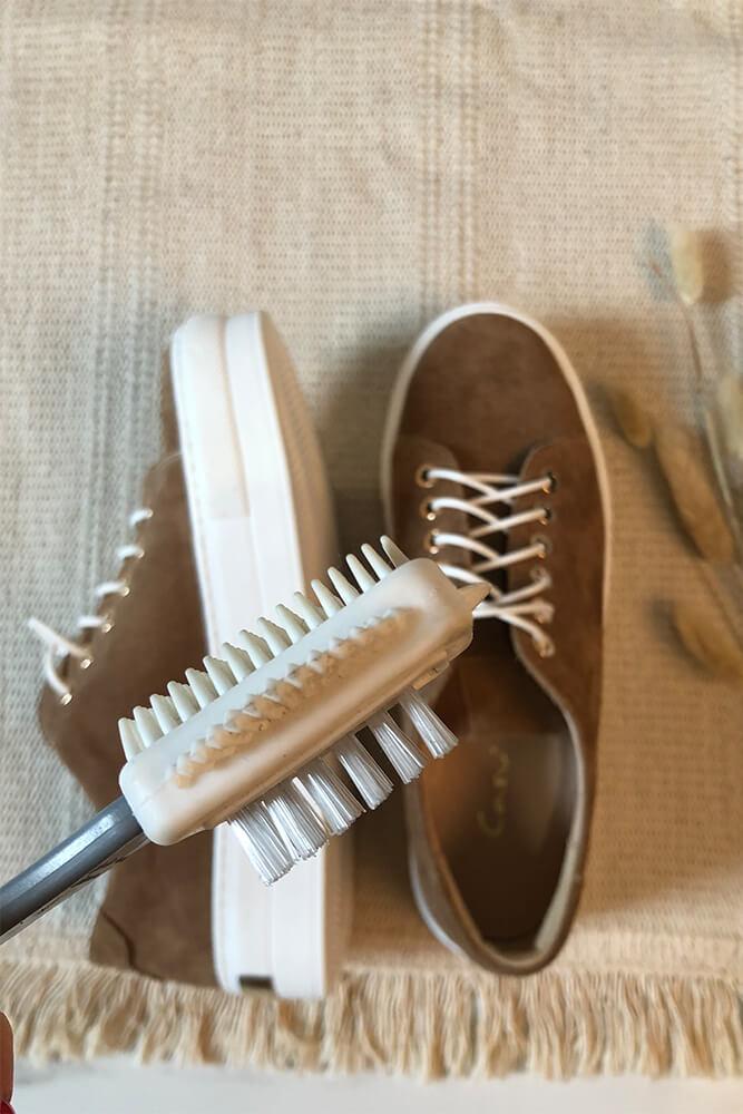 Szczotka do czyszczenia obuwia