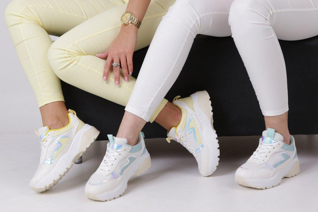 holograficzne-buty-sportowe-sklep-casu.pl